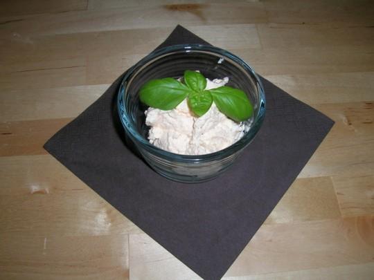 Aufstrich aus Feta, Schamnd und Frischkäse, auch für Menschen mit Laktoseintoleranz