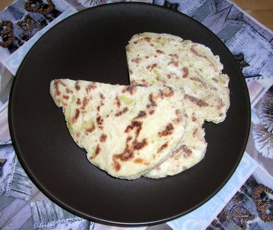 Naanbrot in der Pfanne oder auch im Ofen zubereitet ein Genuss.