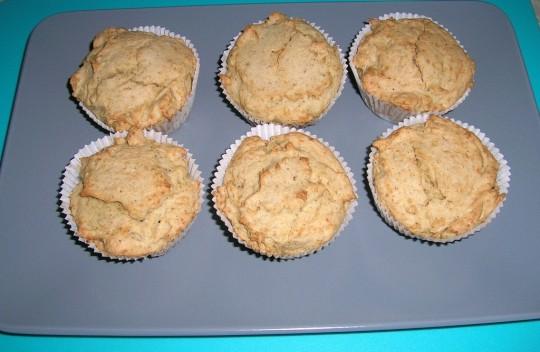 Kokosmuffins sind glutenfrei, laktosefrei und fruktosearm. Für Diabetiker geeignet.